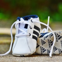baby-shoes-974711_1920